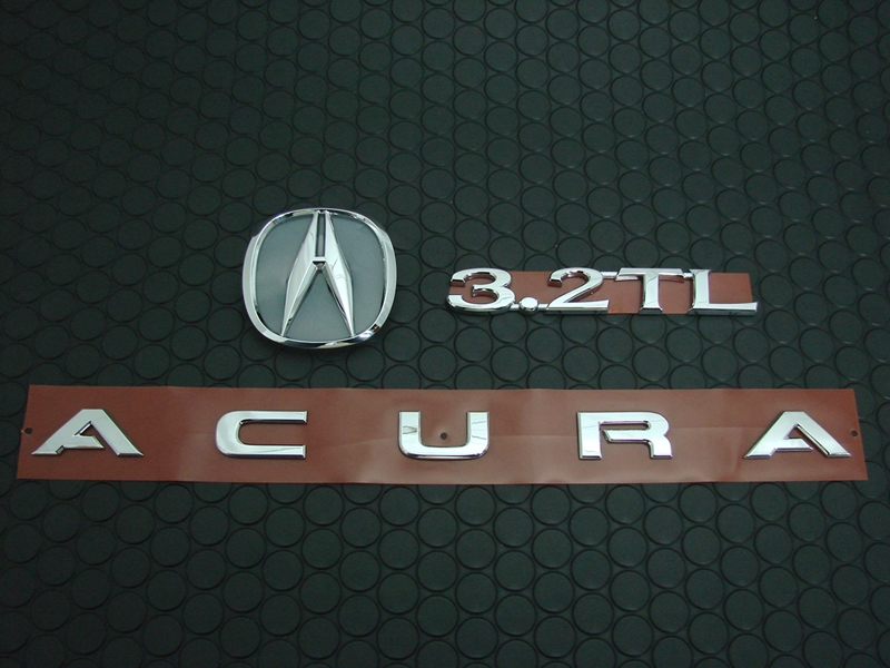 3.2TL REAR EMBLEM SET