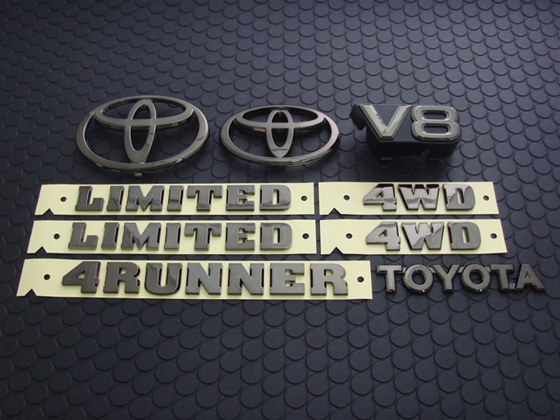 4RUNNER COLORED EMBLEM SET