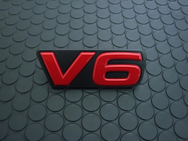 FRONT V6 EMBLEM(Red)