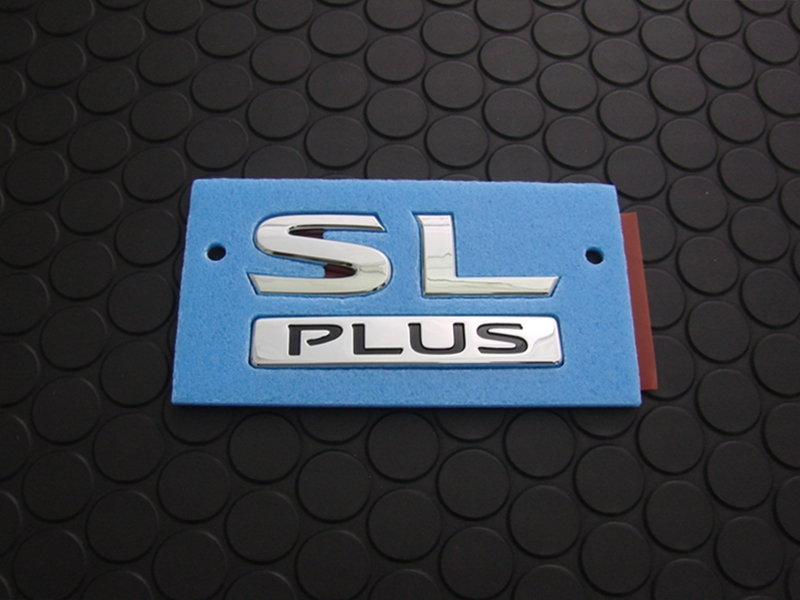 REAR SL PLUS EMBLEM
