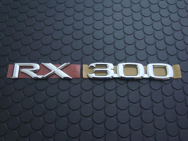 RX300 EMBLEM