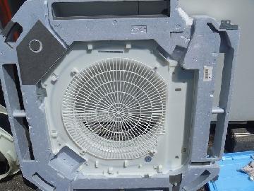 エアコン内部洗浄作業