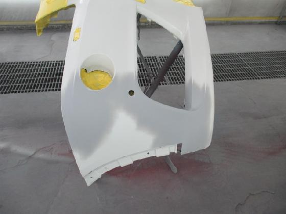 フロントバンパー 塗装 右側補修塗装