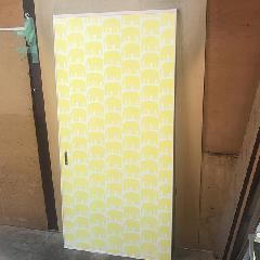 引き戸の両面クロス貼り 施工例