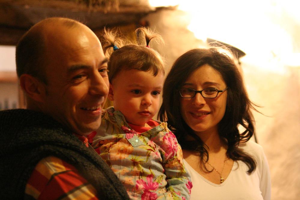 ど根性男、ドーピアックのファダ氏と美人の奥さんと娘さん