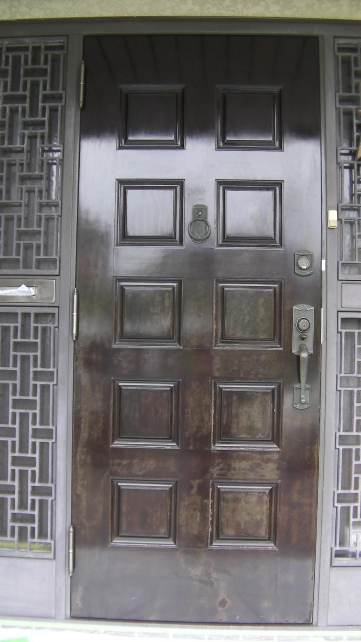 玄関の再塗装
