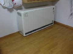 蓄熱暖房器の施工例(千葉県船橋市)