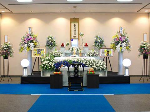 瓜破斎場での葬儀祭壇