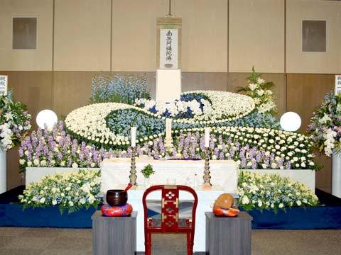 北斎場・中式場の祭壇