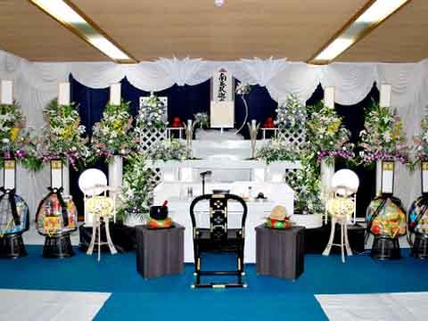 月江院での祭壇