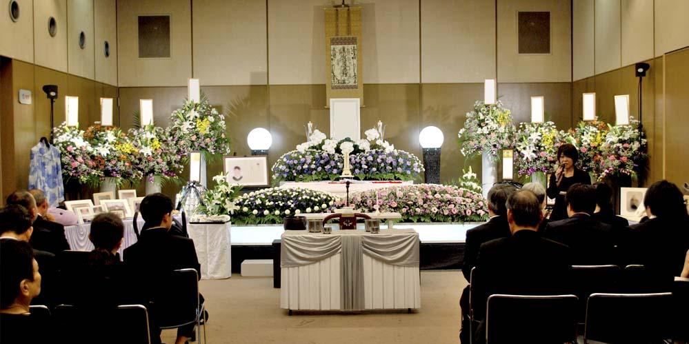 北斎場にて葬儀プラン【セレクト60】の祭壇