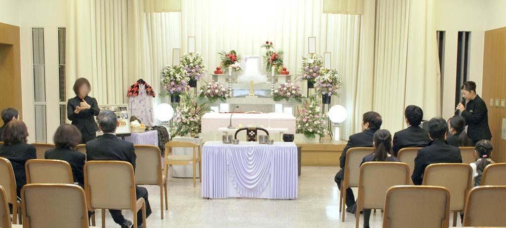 手話ボランティアの方が葬儀進行を翻訳されました