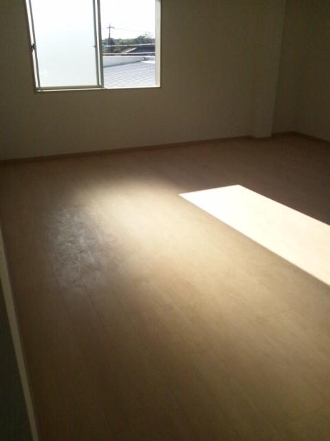 床のWAX清掃前