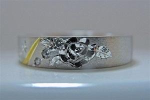 一本だけのマリッジリング 薔薇立体彫金ダイヤモンド・ハート&キューピット