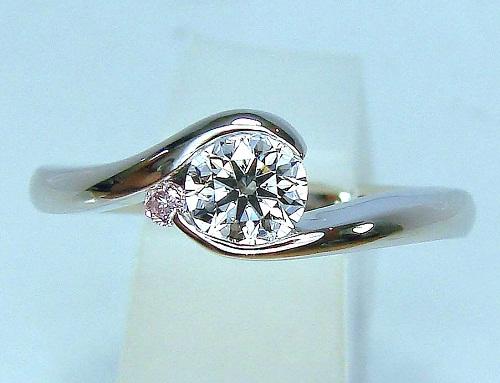 エンゲージリング ダイヤモンド(0.345ct VVS-1 Dカラー トリプルEXカット(ハート&キューピット)ピンクダイヤモンド1/50ct