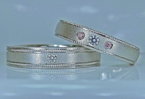 マリッジリング ミル打ち(アンティーク技法)ダイヤモンド1/30ct・1/100ピンクダイヤモンド