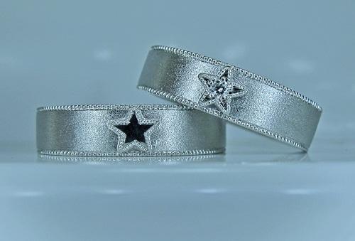 マリッジリング スター☆ミル打ちオーバープレートダイヤモンド1/50ctハート&キューピット