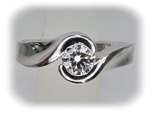 ジュエリーリフォーム ダイヤモンド・ペントップをエンゲージリングに