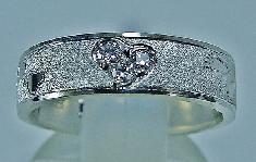 一本だけのマリッジリング、ハートシェイプ・ダイヤモンドセット