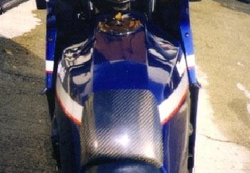 ヘッドライトルーバー タンクカバー S PK1090