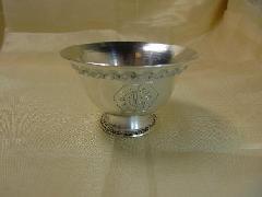 銀色のギーランプカップ