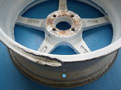 インナーリムひび割れ アウターリムガリキズ修理 ディスク振れ修理