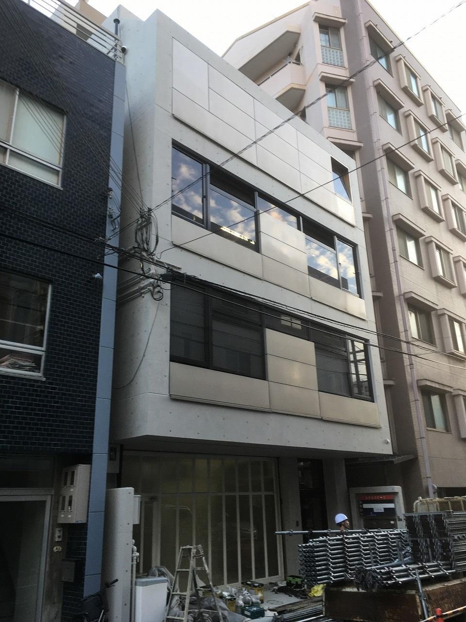 打ち放しコンクリート工事 大阪市西区 Sビル