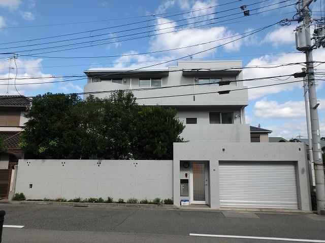 兵庫県西宮市T様邸 打ち放しコンクリート補修工事 1