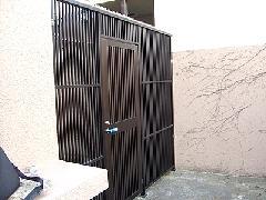 神奈川県藤沢市 共同住宅 寮 侵入防止 防犯扉設置