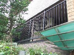 東京 渋谷区 共同住宅 侵入防止アルミ格子工事