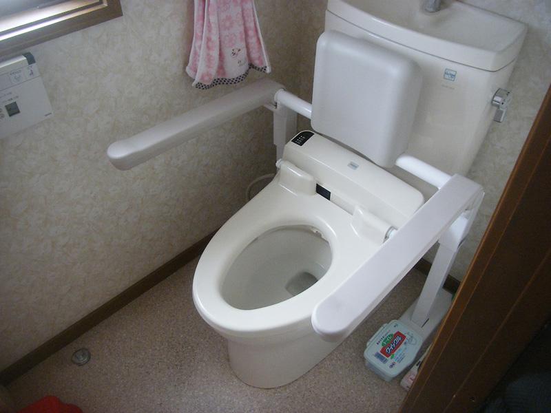 トイレの手すり設置