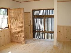 青森ヒバ フローリング 腰壁 ドア