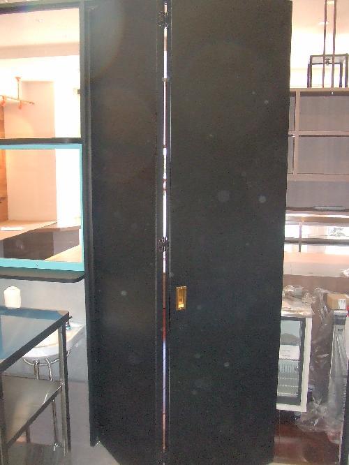 店舗ドア、建具(愛知稲沢市)折戸、厨房堺バタ戸、