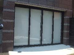 愛知県名古屋市ガラス戸、框戸、外部 ピンチブロック