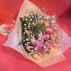 ピンクバラとスイトピーの花束