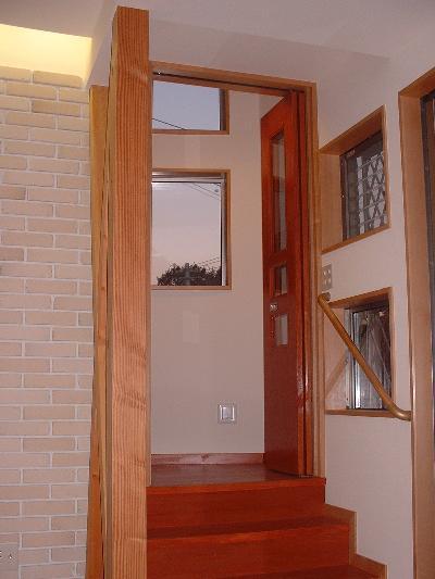 施工前の写真を撮っていなかったので、イメージです。ここは初め何も扉がありませんでした。