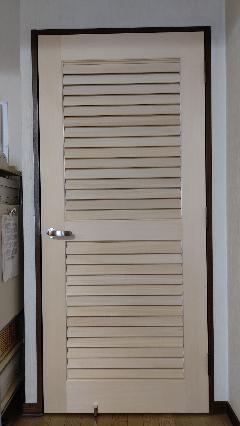 可動式ルーバー入りドア