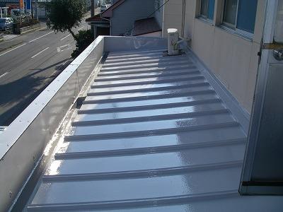 屋根防水塗装工事(東近江市 営業所)