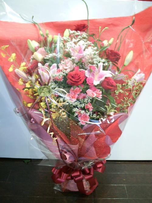 赤バラ豪華花束