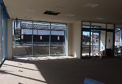 携帯ショップ店舗移転(新築) 専用什器設置・電気設備 設計施工