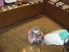港区 和菓子屋の事務所内床洗浄・ワックス塗布