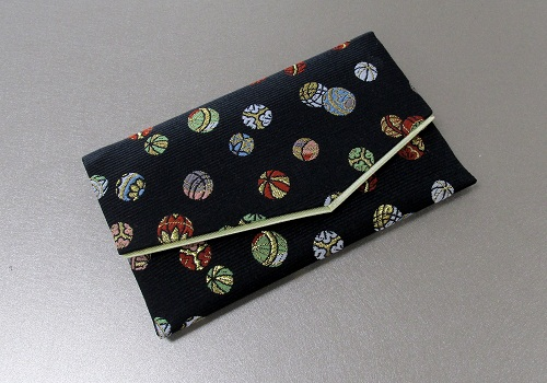 ○念珠袋・数珠袋 ふたえ上錦 黒系