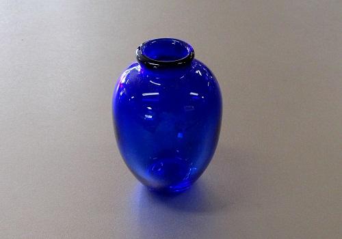 ●ガラス仏具 花瓶・花立 ブルー