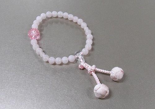 □子供用念珠 ローズクォーツPC水晶仕立 バラ彫(アクリル)付
