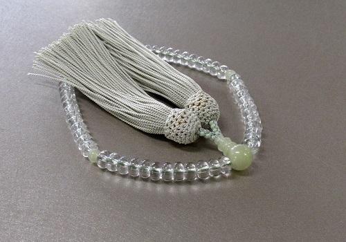 ◆女性用片手念珠 水晶みかん玉グリーンオニキス仕立 正絹頭房
