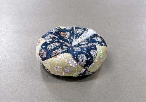 ●丸リン布団 小梅 2.0寸のリン用薄型 そば殻入 ブルー