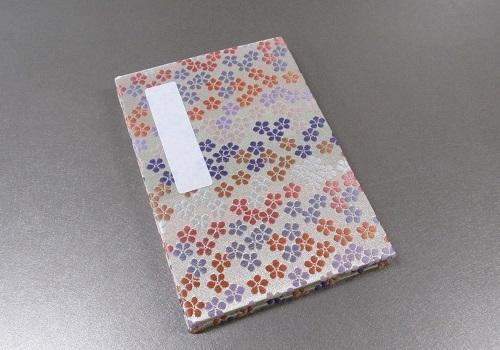 ◆御朱印帳 小 ��1 アコーディオン式 花花 白/薄紫・ピンク