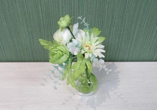 ●造花 現代供花ラナンキュラス