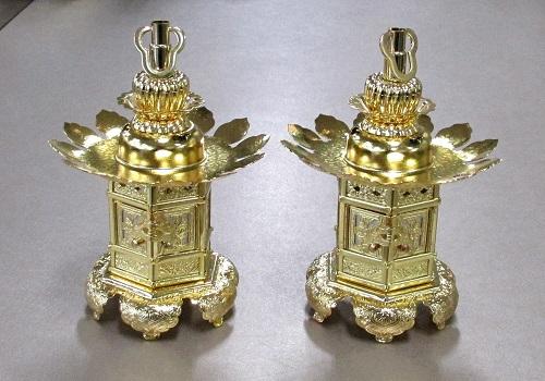 ◇真鍮 神前灯籠 猫足 2.5寸 本金 浄土真宗本願寺派(西)用
