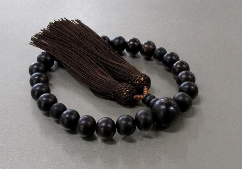 ◆男性用片手念珠 素引黒檀22玉共仕立 人絹頭房